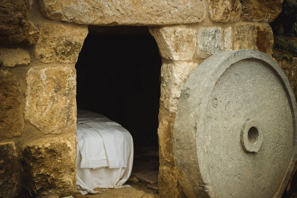 Easter Sunday - We invite our neighbors to join us in celebrating the resurrection of Jesus! This unique service includes special choral and instrumental music and is concluded with an interactive 'blossoming of the cross'.