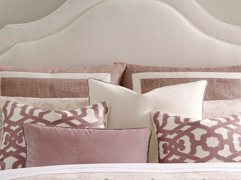 Kravet Provence Bedding Set