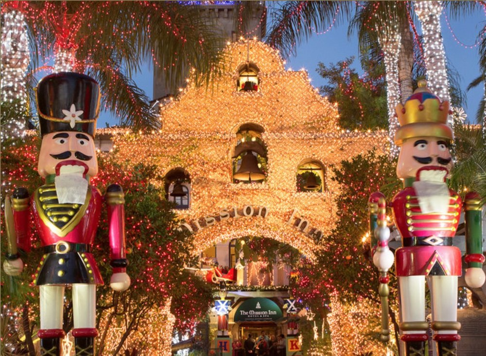 Festival_of_Lights_MissionInn.jpg