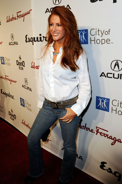 Angie+Everhart+Songs+Hope+VI+Benefiting+City+QVNaCoHlI4pl.jpg