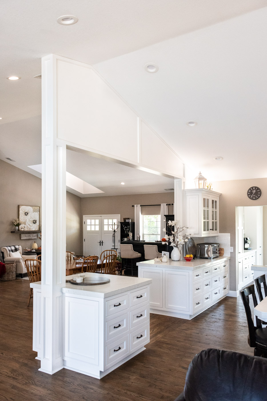Transitional Country Cottage style kitchen with custom recessed panel painted column