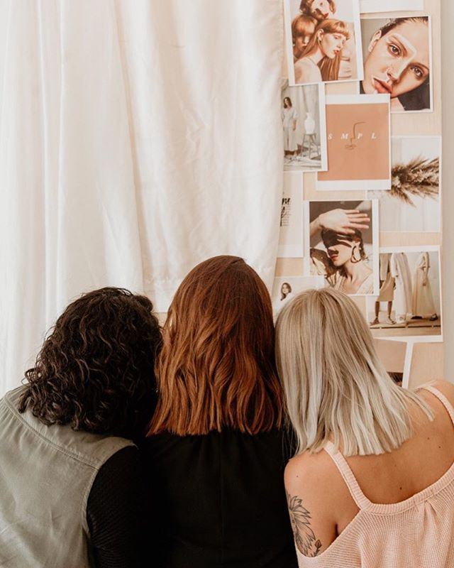 It's the first day of the new year, let's crush those goals ✨ We are already moodboarding and vision planning new shoots we can do in the studio in the new year! Have you booked your studio time yet? 📸: @ru.andco