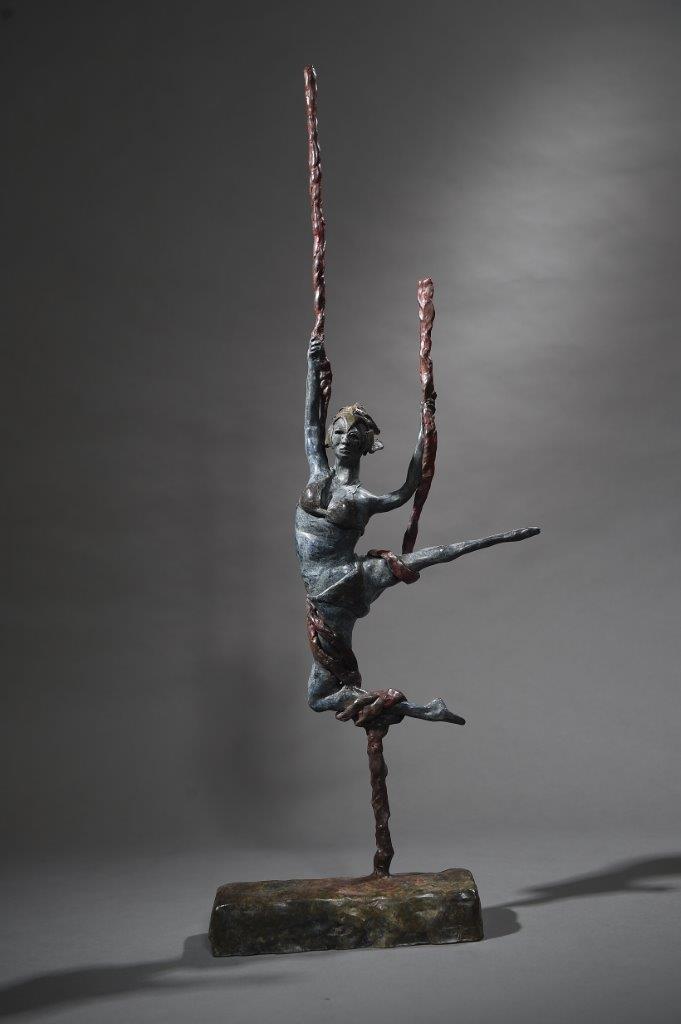 Cirque-Aerial-Performer-Front-Tall.jpg