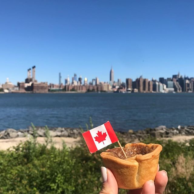 It's a gorgeous day for a Btart — or a dozen! Come see us at @smorgasburg @eastriverstatepark #buttertarts #newdesserts #newfavoritetreat #nyceeeeeats #bakedfromscratch #eatingfortheinsta #brooklynbakery #brooklyneats #yummy