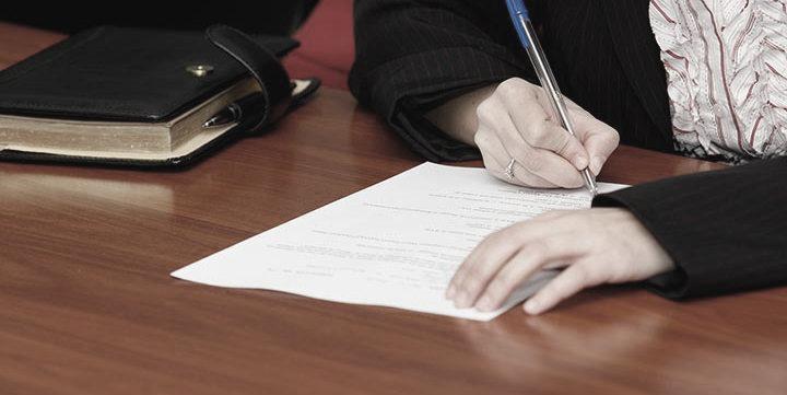 semnatura-contract-asigurari-semneaza_VD.jpg-16_thumb.jpg
