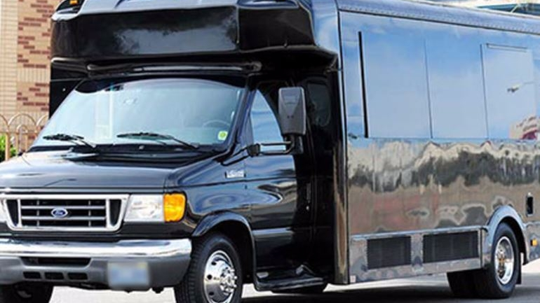Limo Bus - This vehicle is extremely versatile and popular with Weddings, Bachelor/Bachelorette Parties, and Nightclub excursions!