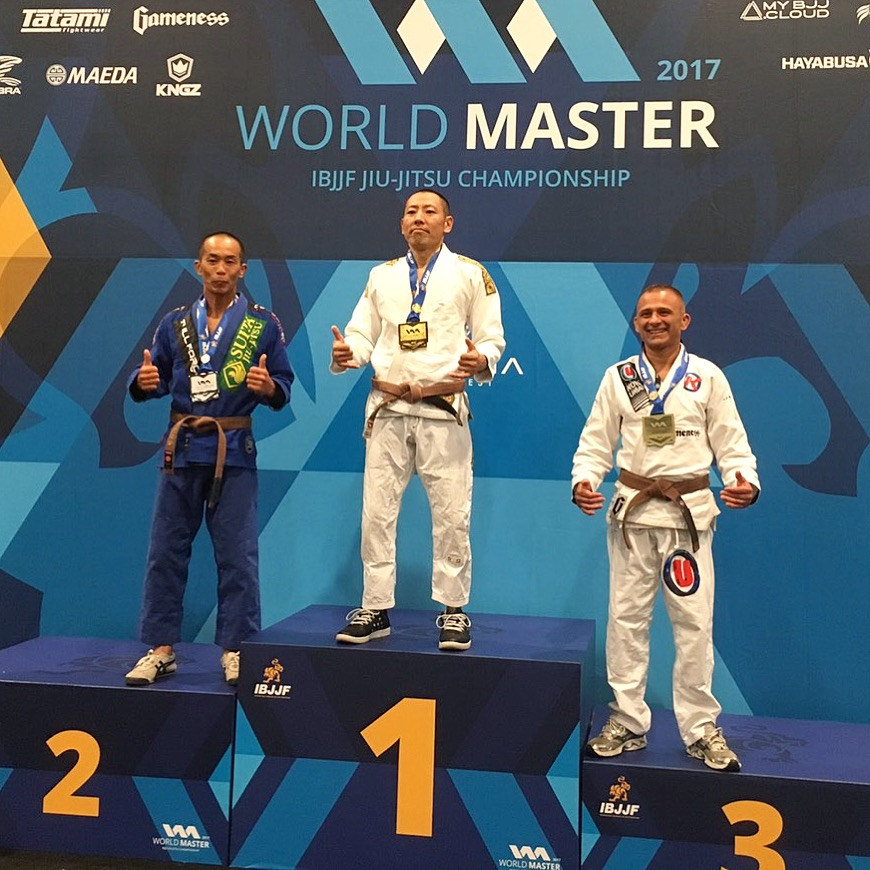 Jun - MANO JIU JITSU INSTRUCTORBLACK BELTFirst Place at the World Master Jiu-Jitsu IBJJF Championship 2017Third Place at the World Master Jiu-Jitsu IBJJF Championship 2016▲ PRIVATE LESSON PRICE / JUN$80 / 1 LESSON * 1 LESSON=1 HOUR〆All ages ( Kid 10+, teen, adult and senior )〆Location & scheduling flexibility〆You get an instructor's full attention.〆Learn as much deep detail as needed.〆Customizable help.〆Get rolling time with your professor.Please call or text at (808)429-9405〆黒帯〆ワールドマスターIBJJF柔術世界大会2017 優勝〆ワールドマスターIBJJF柔術世界大会2016 3位入賞〆国際大山空手道連盟 黒帯〆東京都出身。日本語で指導致します。〆グループレッスン可グレイシー柔術、ブラジリアン柔術をプライベートレッスンで学べます。安全に楽しく、確実に強くなれる格闘技です。一生もののグランドテクニックを習ってみませんか?その他にも、格闘技を用いたエクササイズで身体を引き締めたい方へのパーソナルトレーニングも可能です。ご相談ください。Please call or text at (808)429-9405