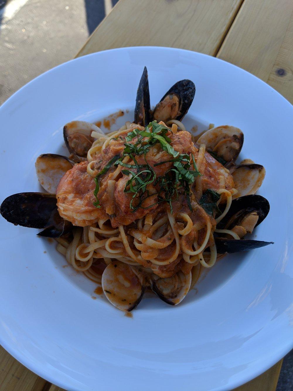 Mixed Seafood Linguine.jpg