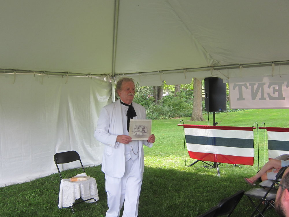 Hoover Hometown Days 2018 Twain chats with audience.JPG