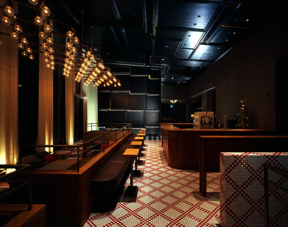 BAR & CLUB_  HENRY GOOD SEVEN.  #Bar #Tiles #Marunouchi #ModernArt   http://www.marunouchi-house.com/restaurant-bar/henry-good-seven/