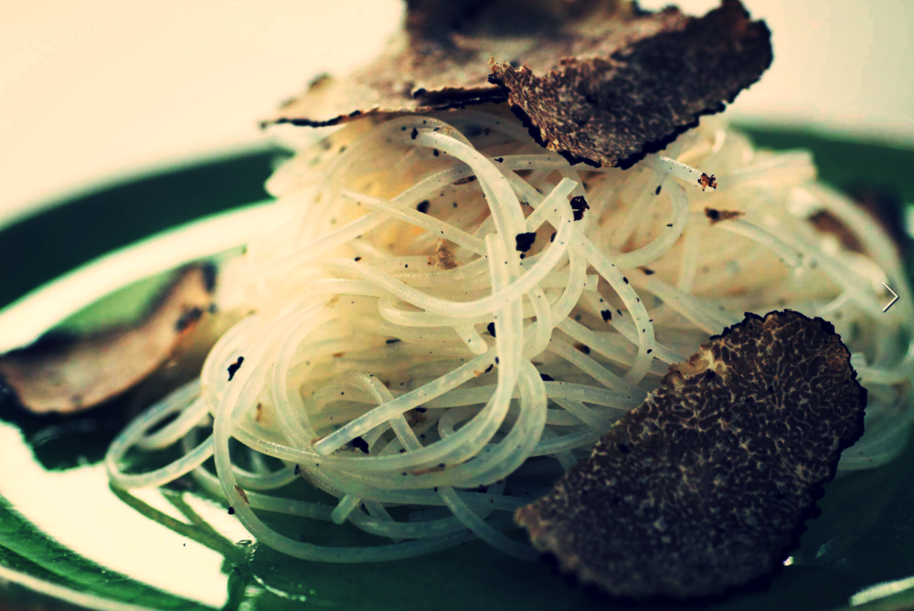 EAT & DRINK_  CINA.  #ModernChinese #Fusion #Cina   http://cina.jp