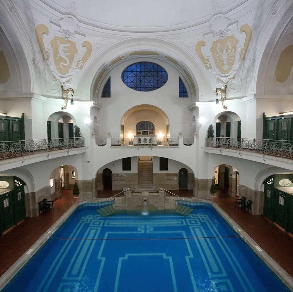 SPA & WELLNESS_  MÜLLERSCHES VOLKSBAD.  #Spa #HotSpring #Wellness   https://www.swm.de/privatkunden/m-baeder/schwimmen/hallenbaeder/volksbad.html