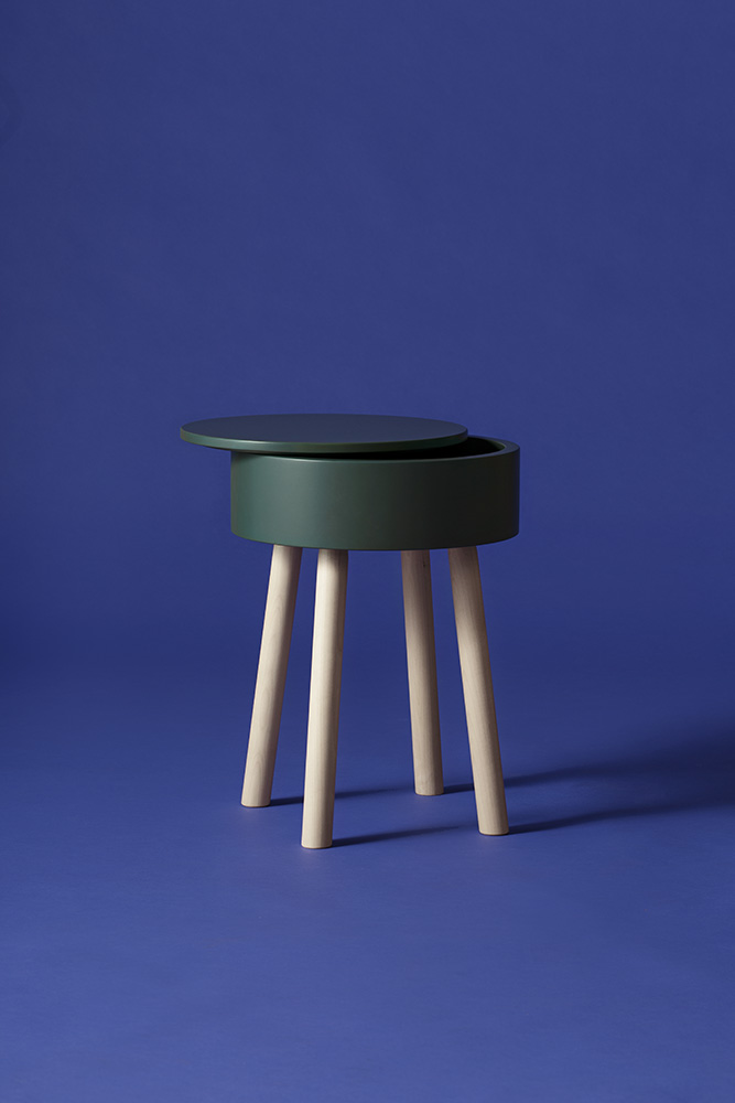 Piilo Stool in forest green