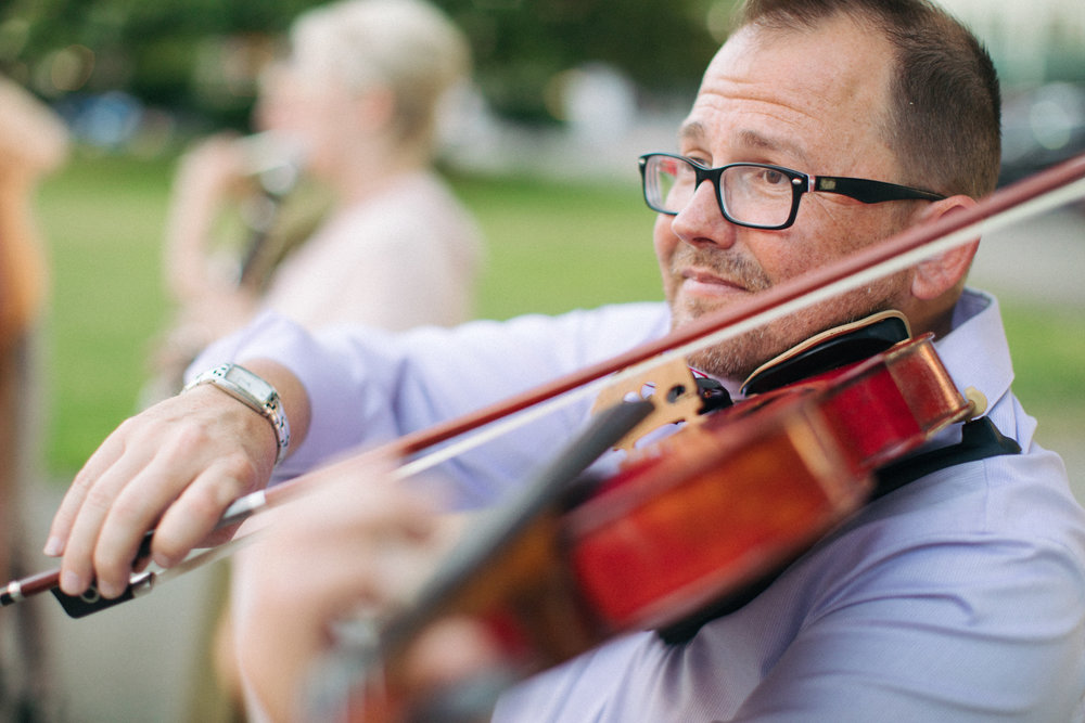 Support Salem Orchestra - We need your help. Give your time or funds to support us, or forge a partnership through our sponsorship program.