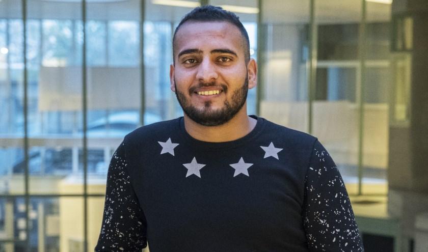 Mahmoud is in Irak geboren, woonde daarna in Syrië en kwam van daaruit in 2017 naar Nederland. (Foto: Esther Geradts)