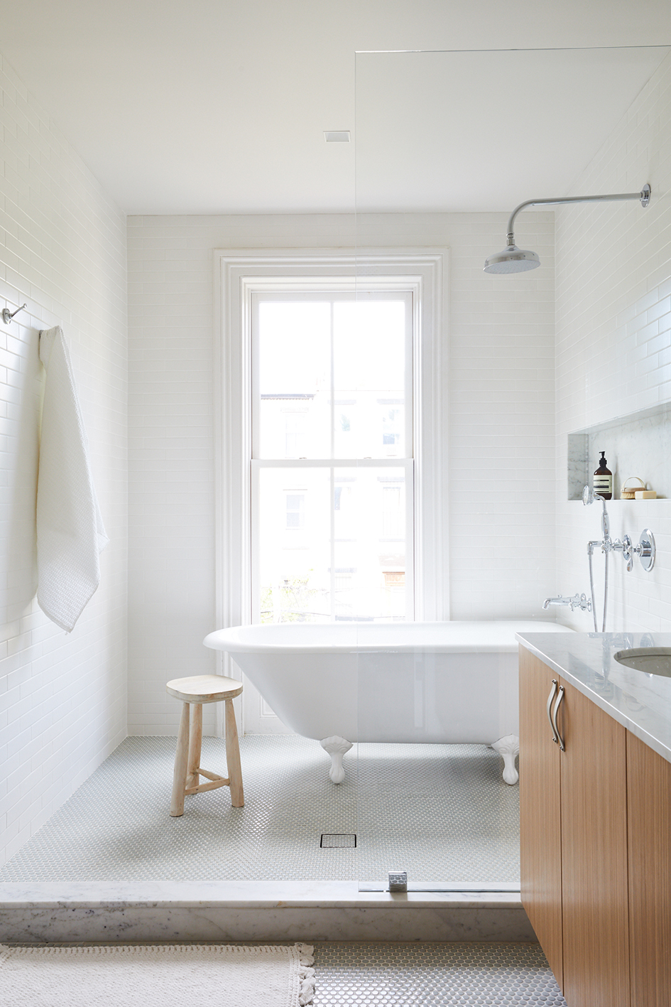 q. Master Bathroom Slope_Townhouse_Bathroom_Master_018.jpg