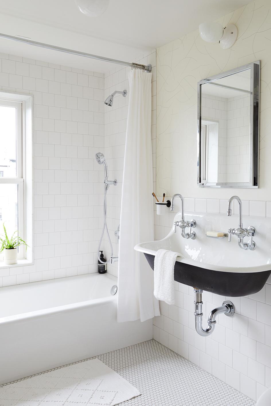 w. Kids Bath Slope_Townhouse_Bathroom_3rd_Floor_007.jpg