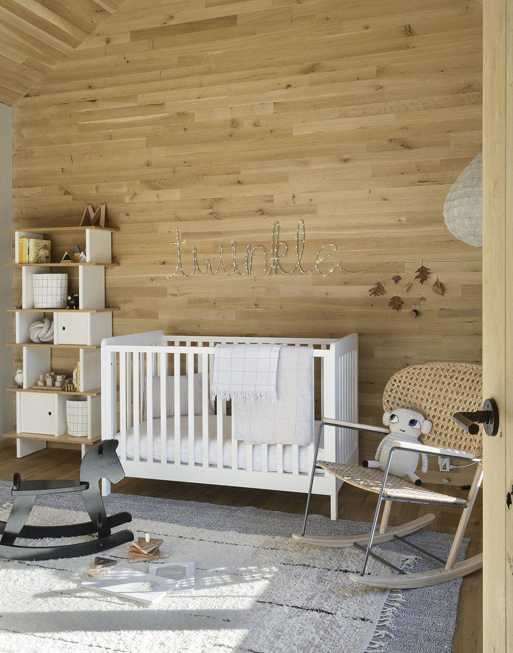 i. Baby's room DSC_4877.jpg