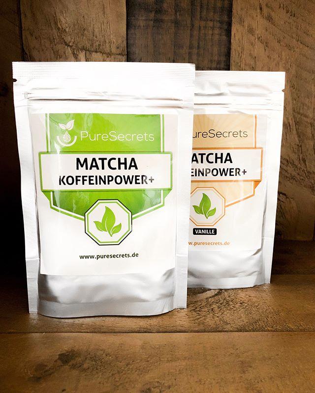 An alle Matcha-Fans, welches Rezept könnte wohl aus diesen zwei Bildern entstehen? Schreibt es uns in die Kommentare 🌱 Die Auflösung folgt im nächsten Post #matcha #recipe #rezept #matchalove #puresecrets #fitness