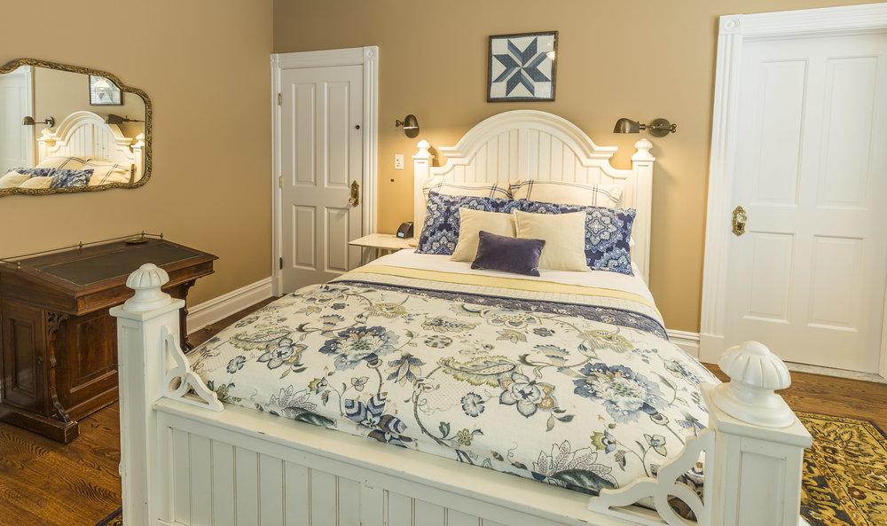 Morris guest room2.jpg
