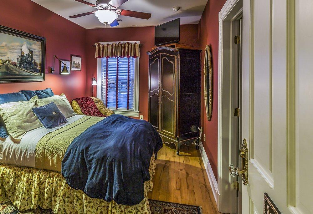 somerset room.sm.jpg