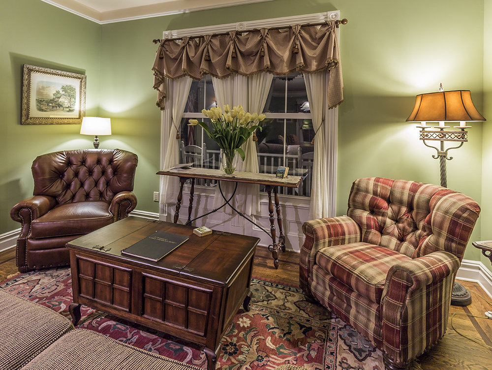 Raritan Inn.sitting area.jpg