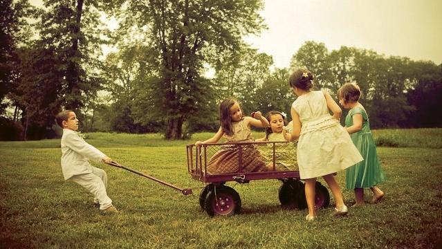 kids_wagon.adj.jpg