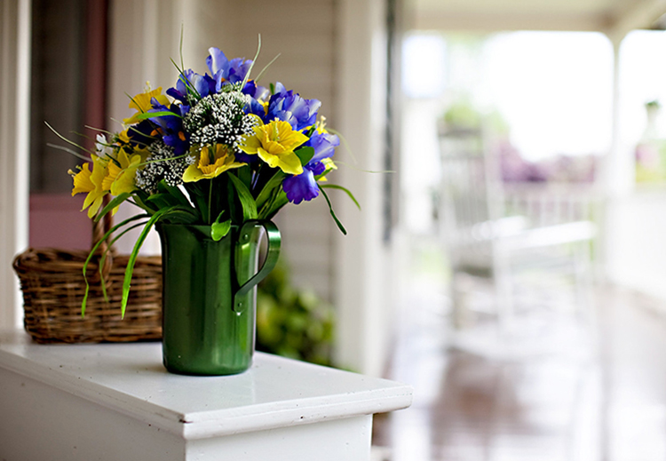 inn.flowers front porch.jpg