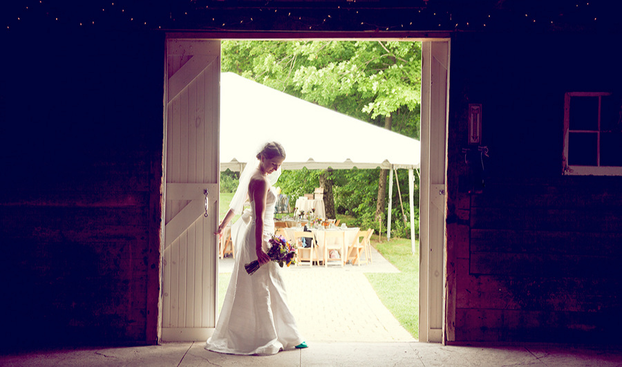 Barn Weddings-Bride
