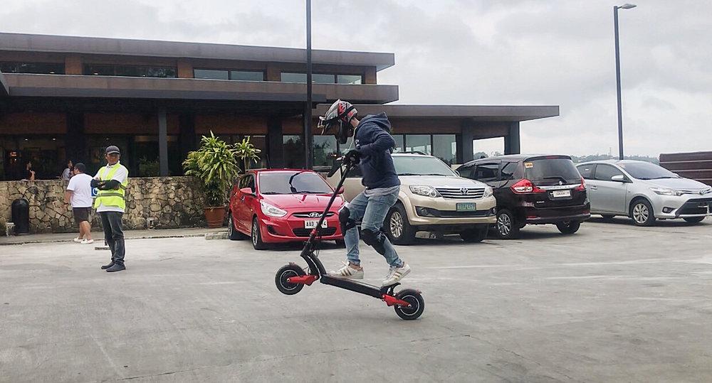 ZERO 10X Wheelie.JPG