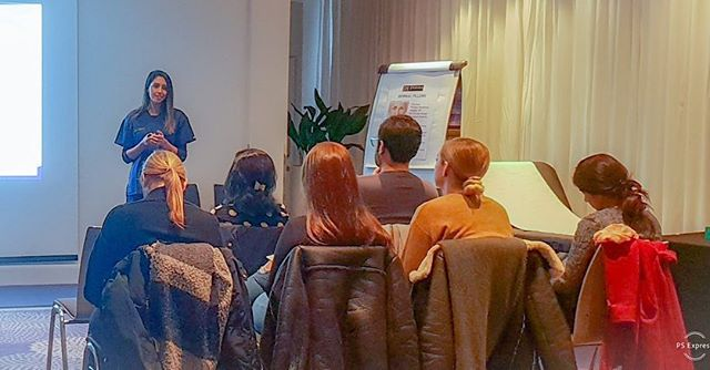 Few more from the Foundation Course at Derma Medical. Great day training healthcare professionals from the UK and abroad the art of cosmetic medicine! @derma_medical •  #trainer #aesthetictrainer #facialsesthetics #botulinumtoxin #dermalfillers #facialaestheticslondon #cosmeticdoctor #facialaestheticslondon #dermamedical