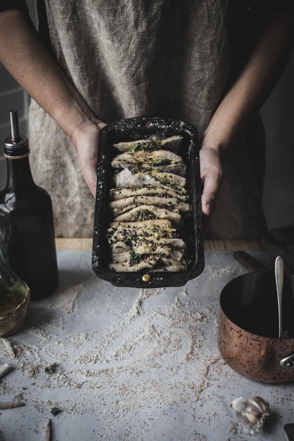 vegan pull apart bread recipe + social media masterclass