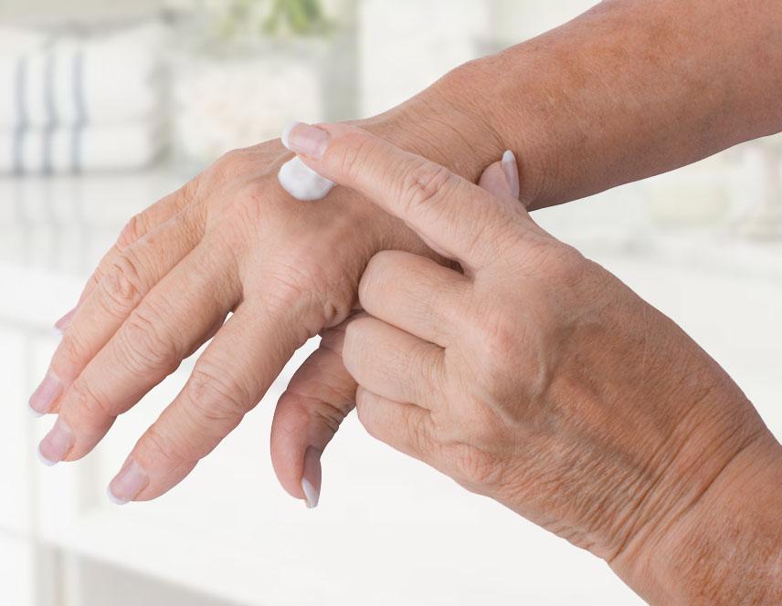 hand2applyshots.jpg