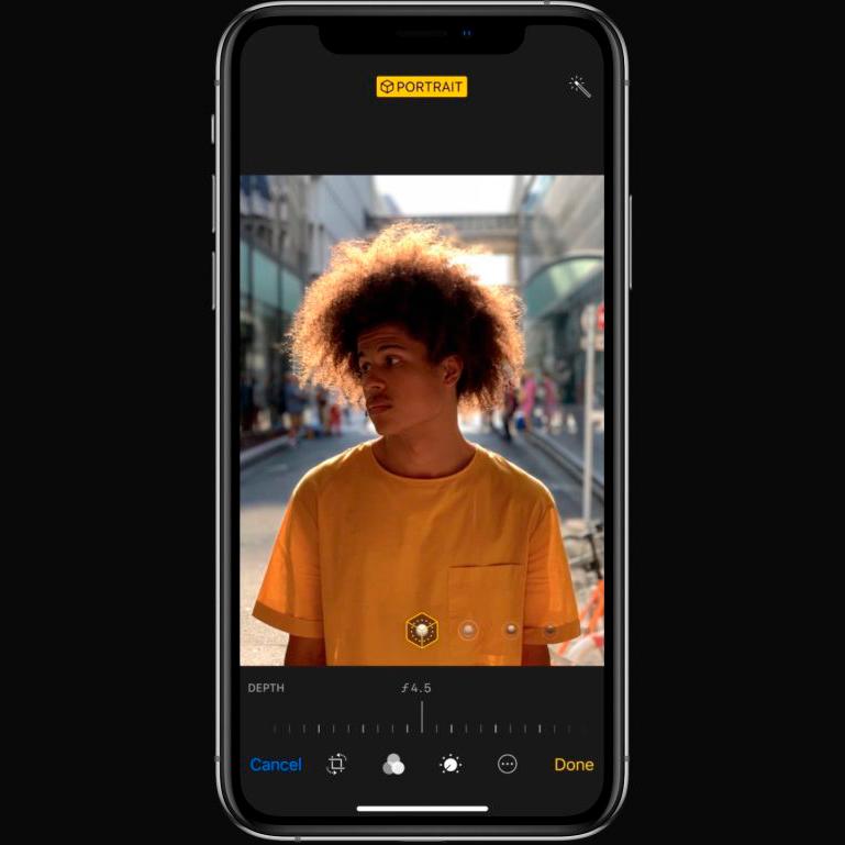 iPhone Xs adjustable depth of field effect