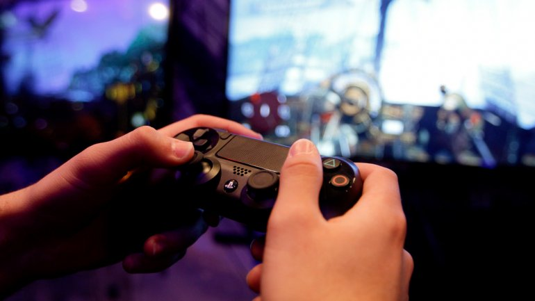 Teen Video Game Night Big Brothers Big Sisters Of Lorain County