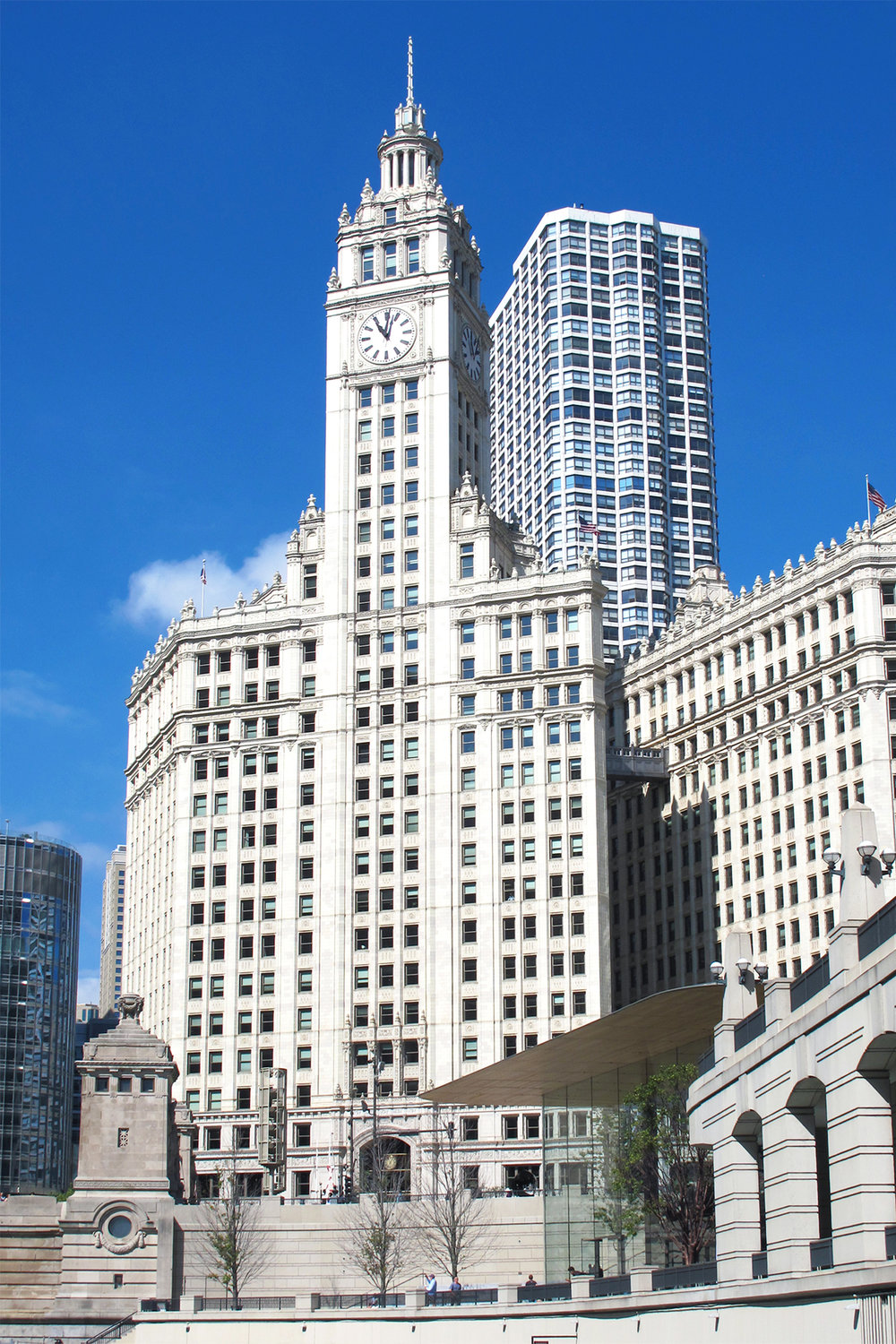 The Wrigley Building, 1924, Architect: Graham, Anderson, Probst & White