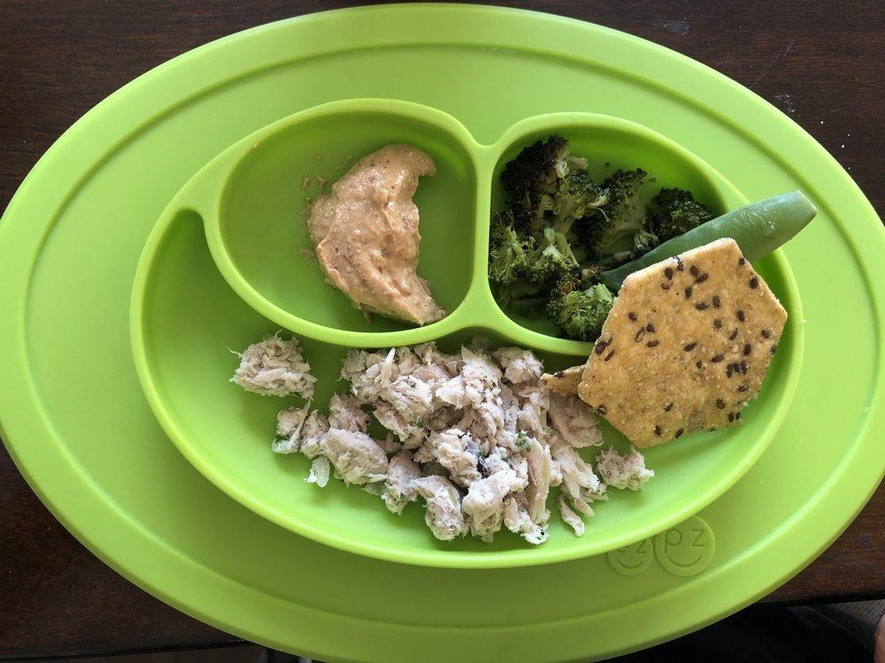 tuna salad, bitchin sauce, broccoli and crackers