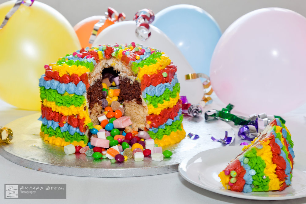 Pinata Cake Birthday Party