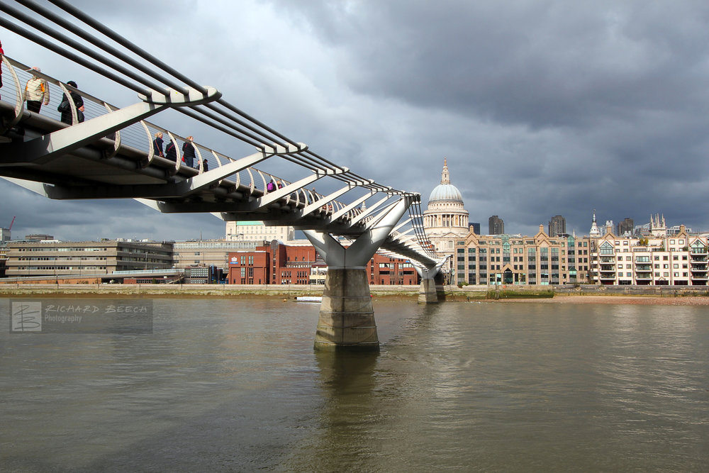 Millennium Bridge to St Paul's