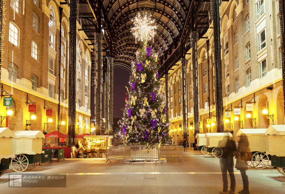 Hay's Galleria at Xmas
