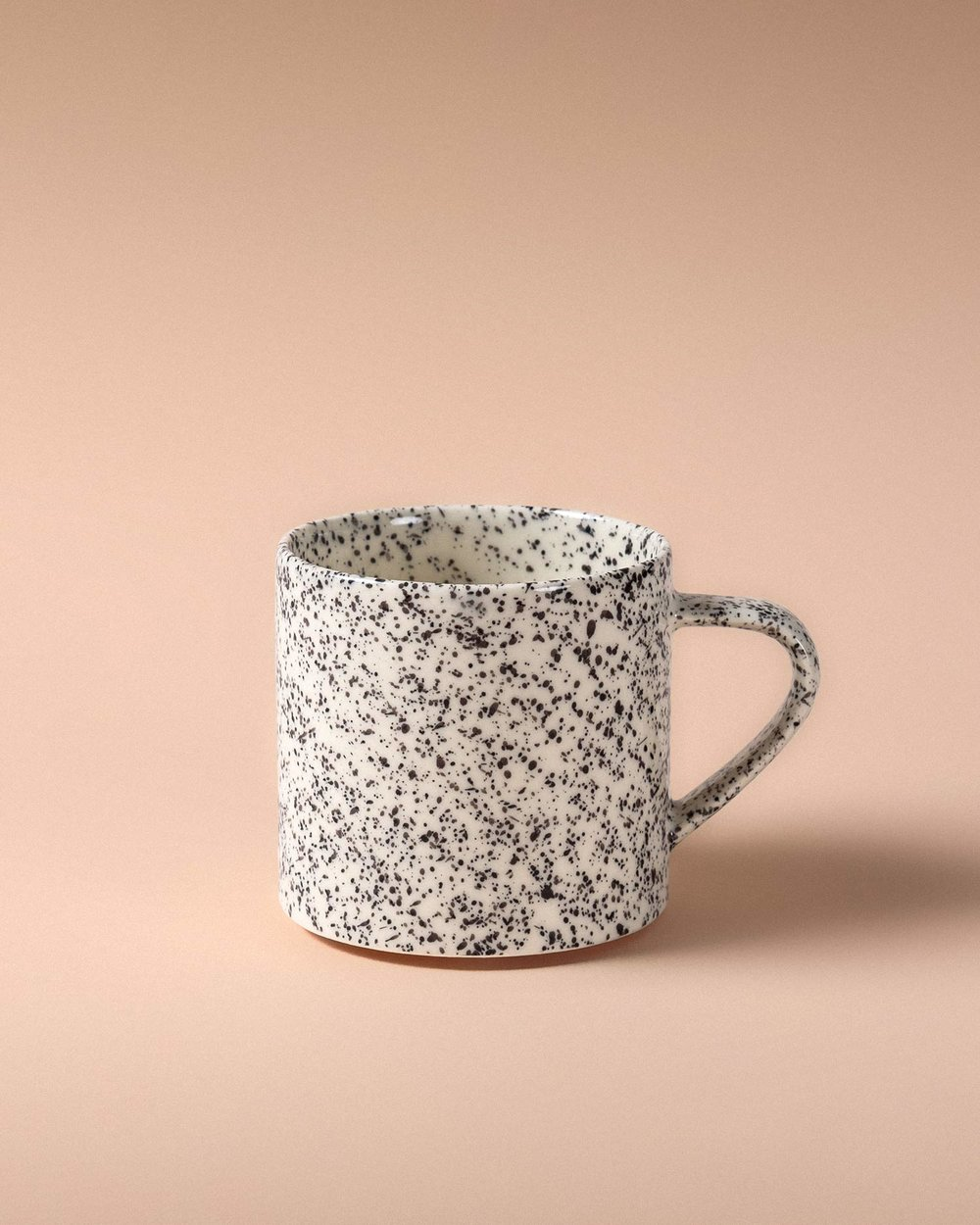 nebolusa-coffee-cup-black-1-pp.jpg