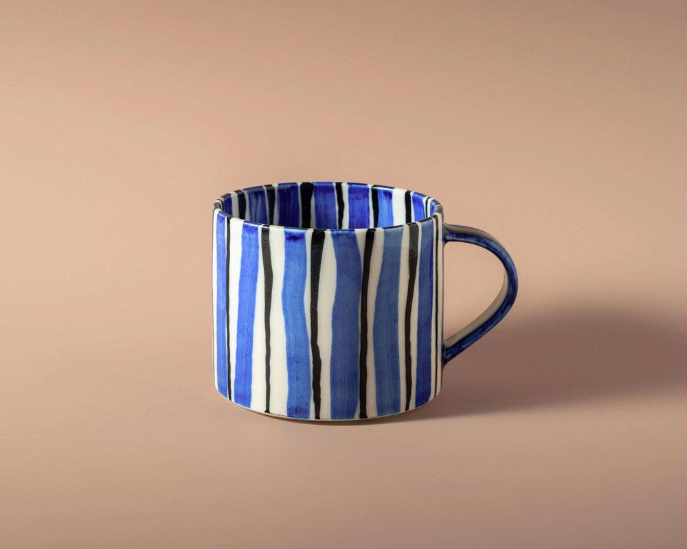 folkdrakter-tea-cup-3-pp.jpg