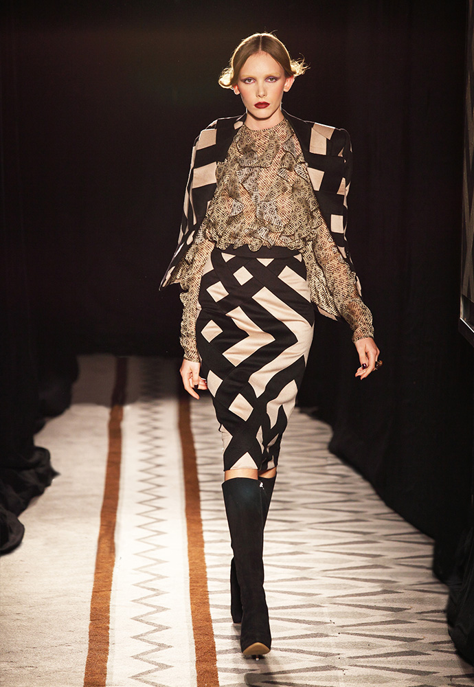 Graphic pattern jacket and skirt in cashmere with blouse in printed chiffon