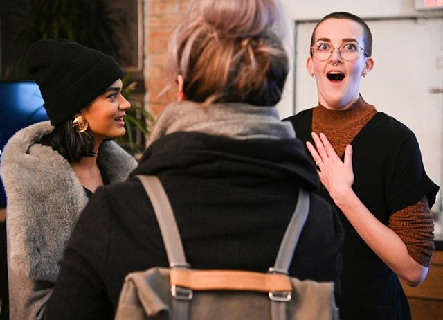 The face you make when peeps say they got value from your copywriting masterclass 😂 Thanks @rich.cinematics for capturing my happy potato face, post-Copywriting that SELLS... on Thursday night @startwellco ⚡ . Hands up if you made it through the ice storm to blow up your copy in 2019? 🙋🏾🙋🏻🙋🏽 . . . . . . . . . #katythecopywriter #copywriter #copywriting #marketing #contentmarketing #contentmarketingtips #copywritingtips #toronto #bristol #entrepreneurlife #womeninbusiness #letsmakelemonade #freelancelife #freelancer #strategicwriting #squrimfreesales #squirmfreesalesclub #salescoach #copywritingcoach #workshop #startwell #thatmomentwhen #thefaceyoumakewhen #whatdoyoumeme #mrspotatohead