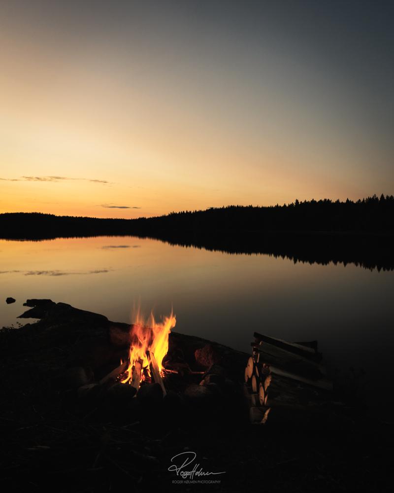 Fireplacebythewaternysignature.jpg