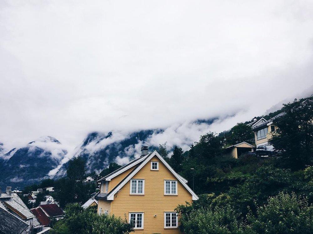 Aurland Fjordhotell.jpg