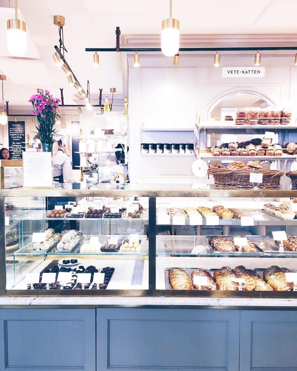 Vete-Katten: Stockholm's Premium Pastry Shop -