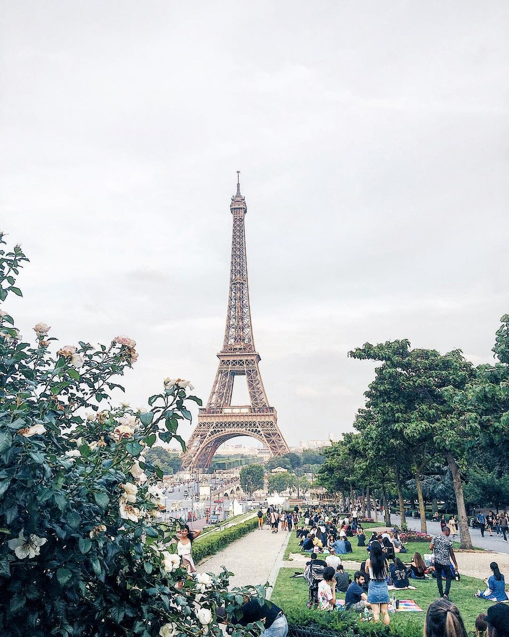 Eiffel Tower 3.jpg