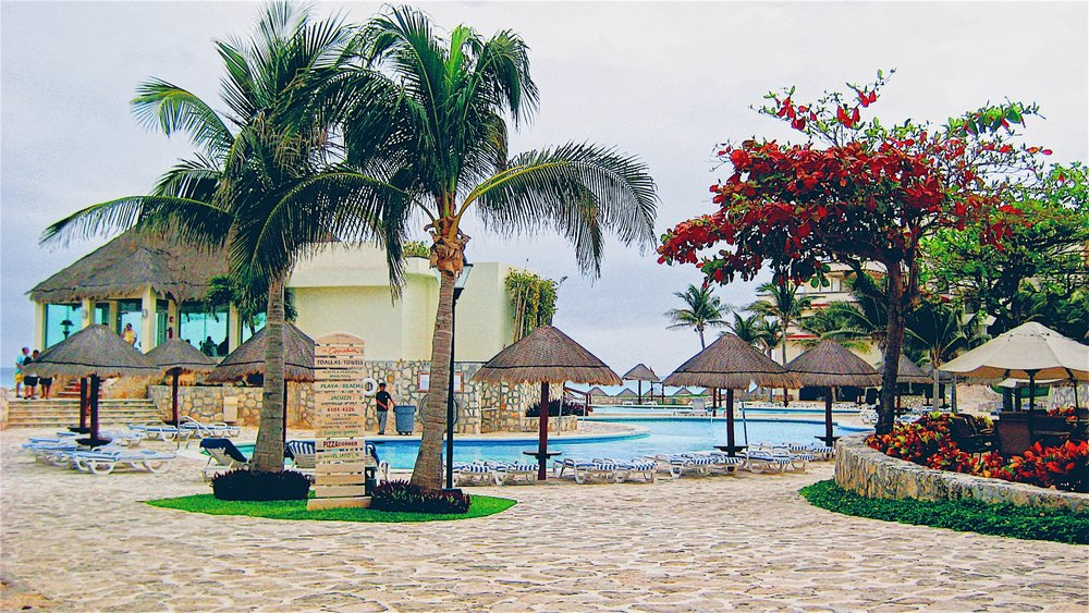Cancun Caribe Park Royal Grand Resort