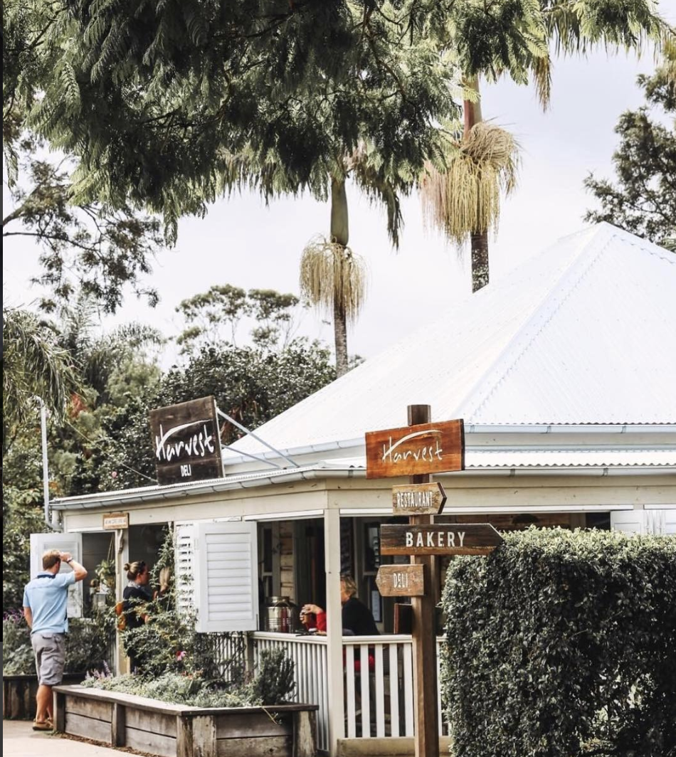 Harvest Deli & Bakery - One side is a bakery and the other is a gourmet deli with great coffee – it doesn't get much better than that. Sit amongst the gardens, especially on a Saturday morning when the bakery makes extra yummy pastries.